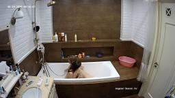 Masha and guest girl bath fun, Aug 14