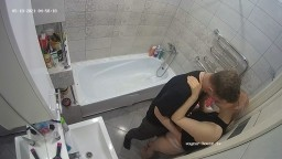 Brina and new friend making out in the tub, May 18