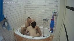 Guests bath and blowjob, June 26