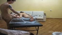 Bertha being massaged by Jules, Aug-24-2021